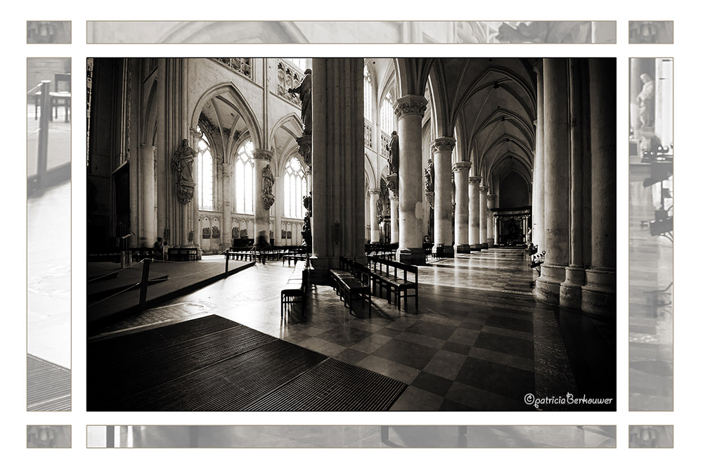 2011-08-01 108 Mechelen - Sint-Romboutskathedraal (edit)
