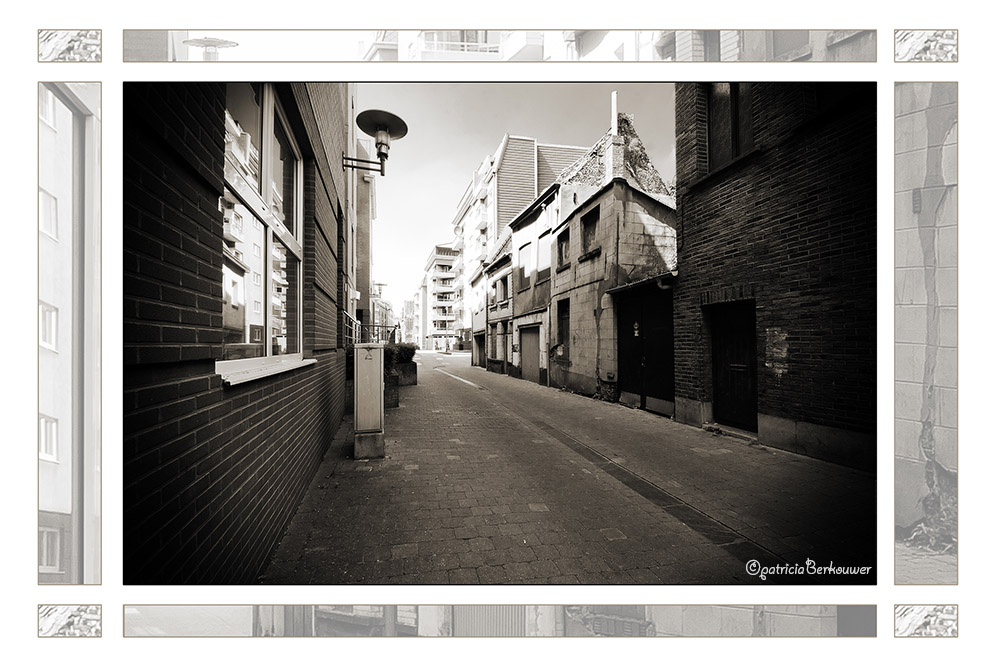 2011-08-01 159 Mechelen - Varkensstraat (edit)